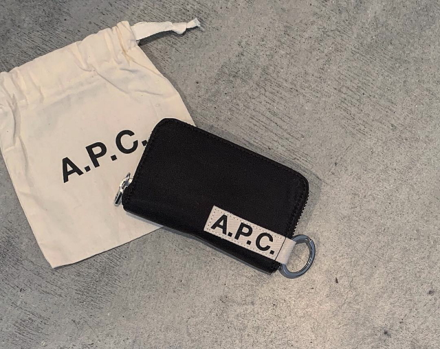 A.P.C.|モノトーンアイテム